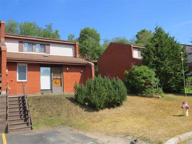 12 Capital Place Elliot Lake Townhouse Condo For Sale