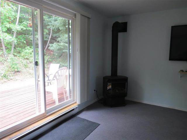 12 Capital Place Elliot Lake Townhouse Condo Living Room