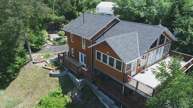 14 Evergreen Lane 3 Bedroom Detached Waterfront Retirement Property For Sale