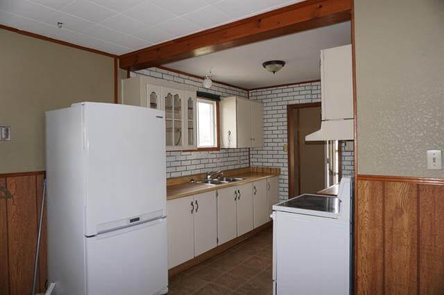 42 Laprairie Crescent Elliot Lake Kitchen